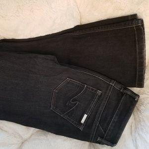 Denim - Black house white market jeans
